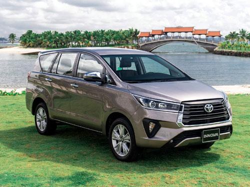 Toyota innova 2021